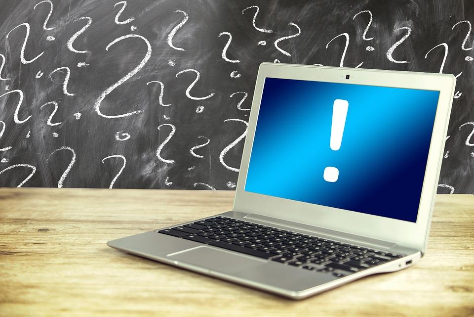 ノート パソコン, 質問, 疑問符, 問題, オンライン, 応答, ソリューション, 画面, 木, 仕事