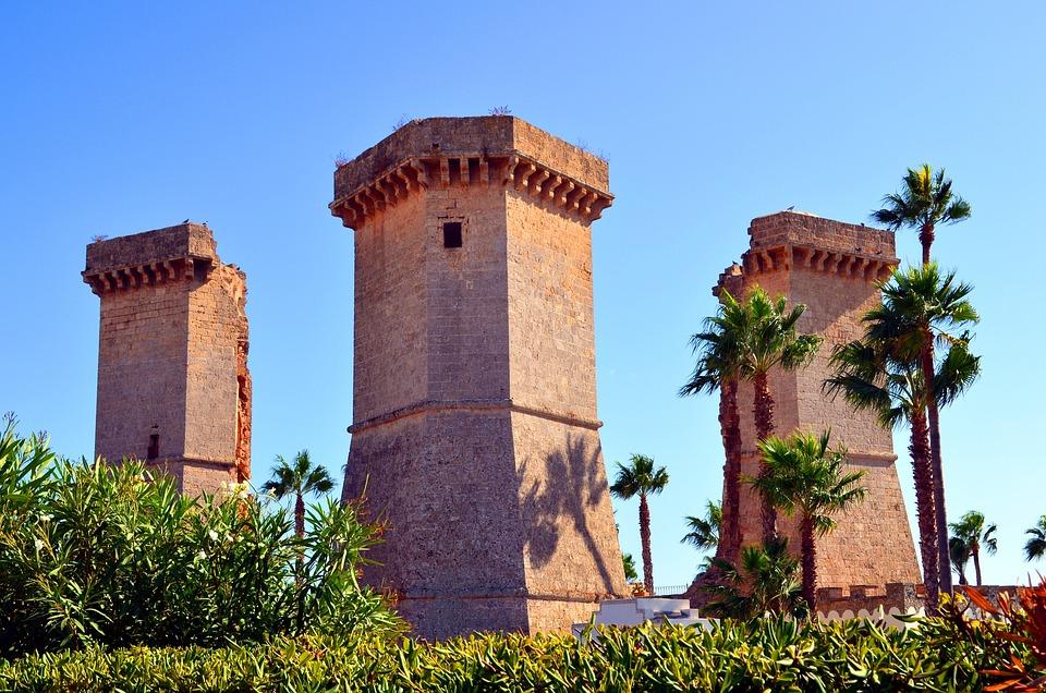 Torri Quattro Colonne Santa Maria · Foto gratis su Pixabay