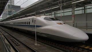 出張に役立つ便利グッズ|男女別/海外出張/新幹線/ホテル