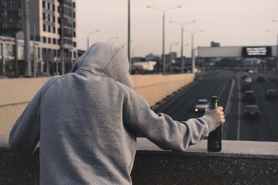 drug addiction vs alcoholism