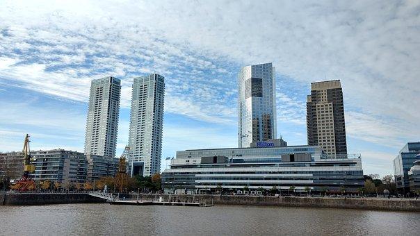 Buenos Aires, Hilton, Construction
