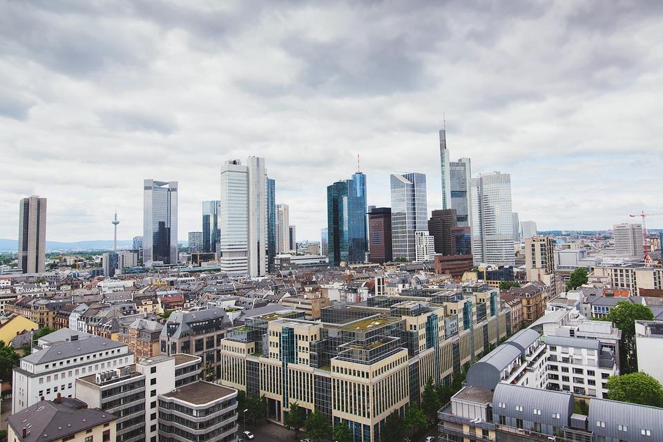 不動産投資会社の人気おすすめランキング15選【2021年最新版】のサムネイル画像