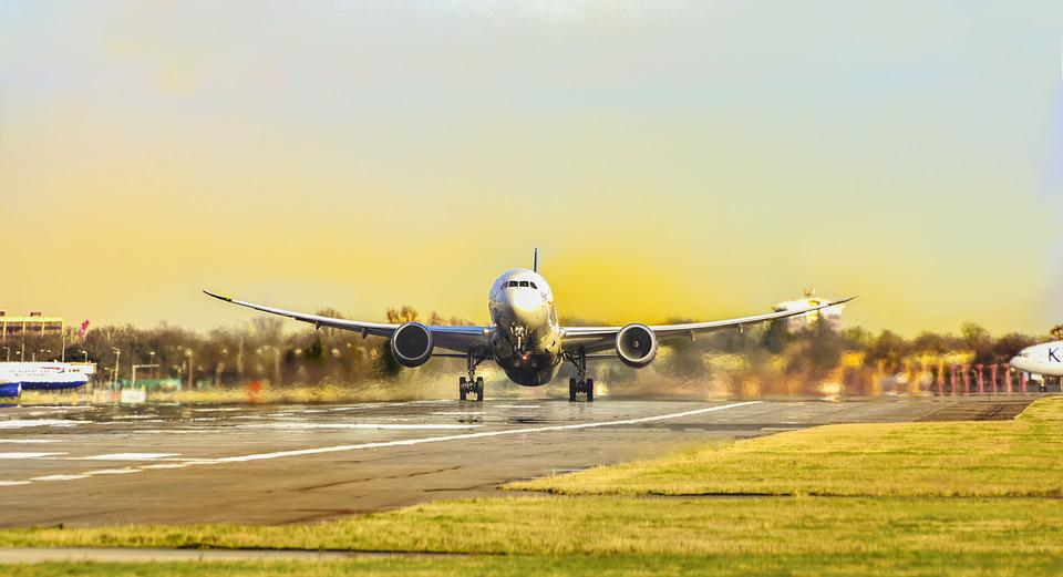 処女, 航空会社, 空, フライト, 空気, 飛行機, 空港, 航空, 出発, トランスポート, 交通, 旅行