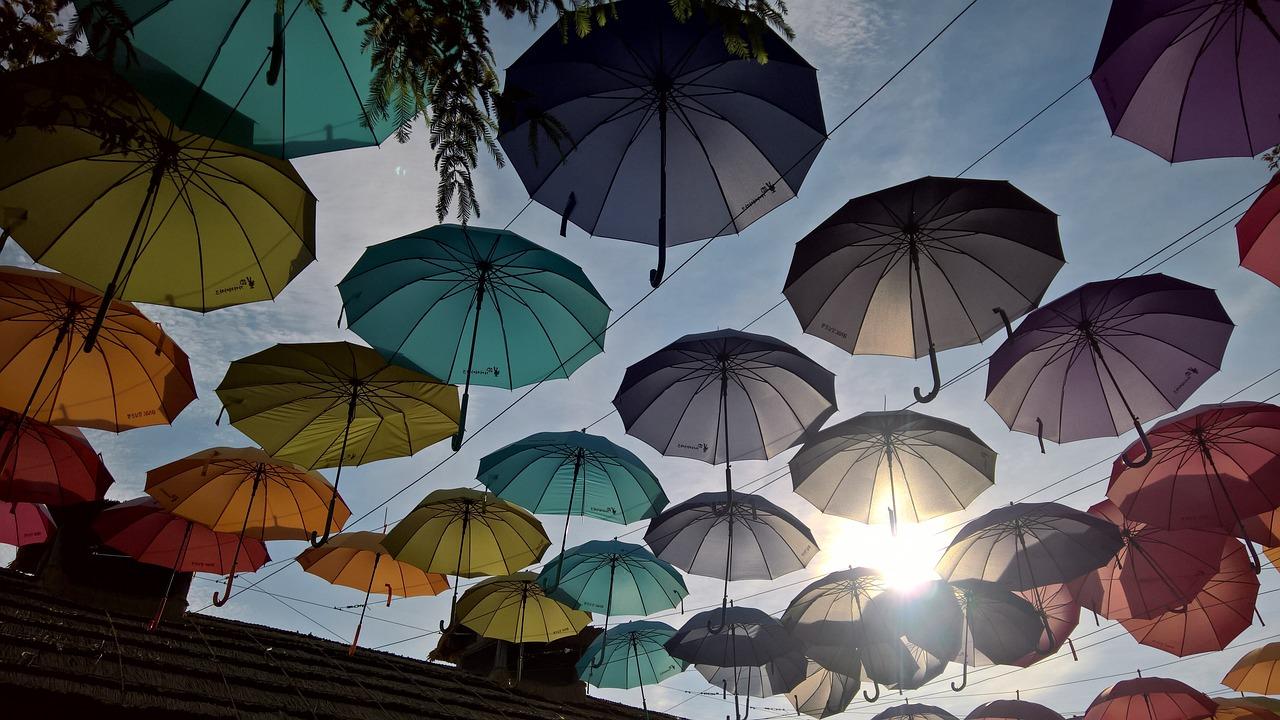 кому-то интересно, осень зонт солнце фото только что