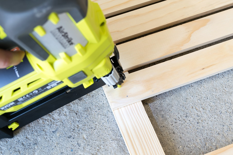 10 Best Brad Nailer 2021 (Reviews - Guide)