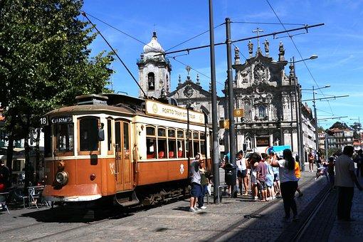 Tren, Oporto, Estación