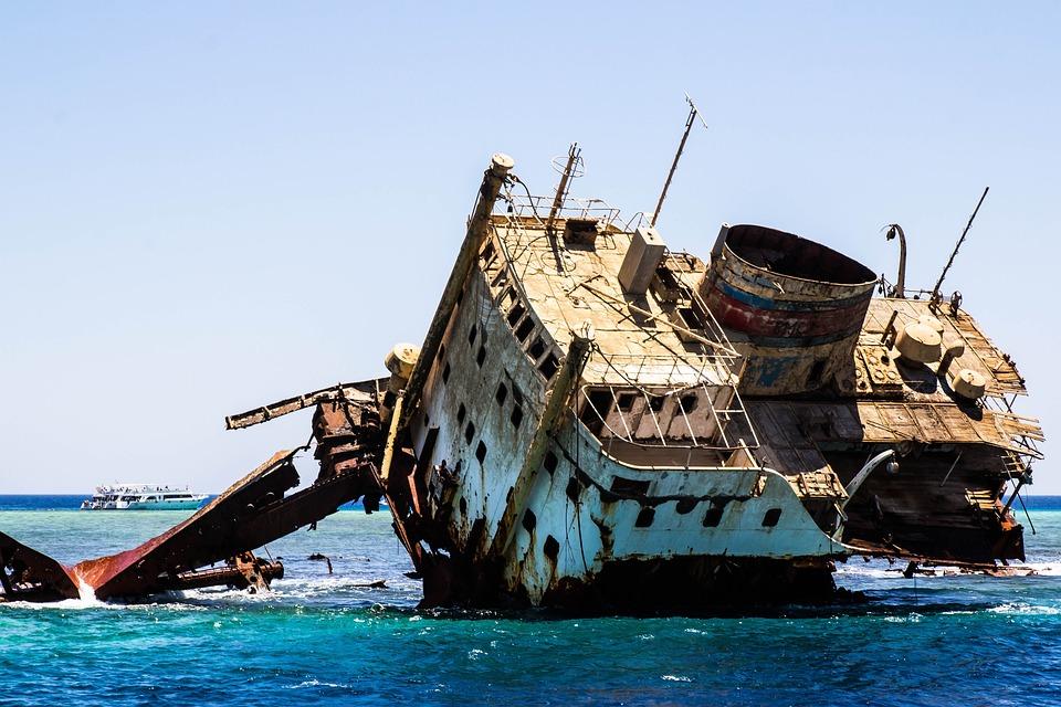 Резултат слика за sunken ship pixabay