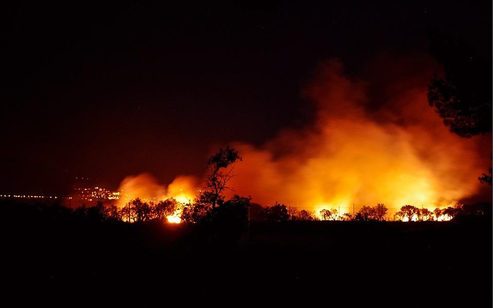 La mitad de Estados Unidos se enfrenta a un verano infernal apocalíptico. Está seco. Hace calor. Y se acercan los incendios.