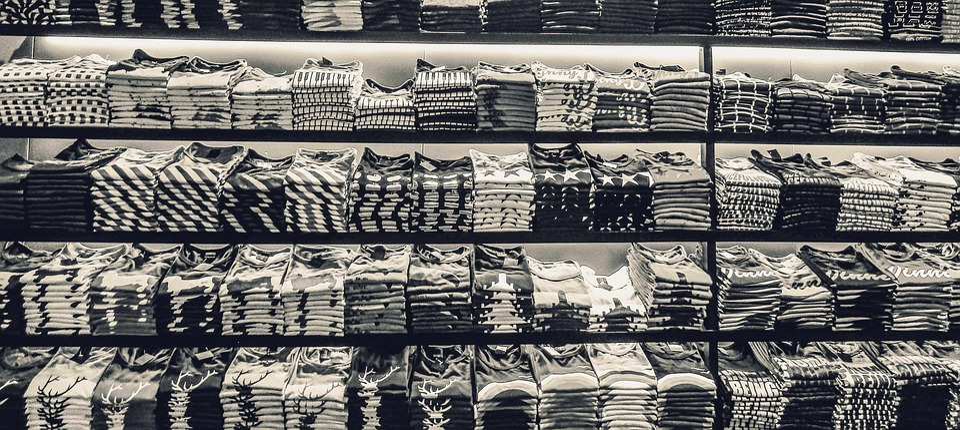 เสื้อยืด, สีดำและสีขาว, เสื้อผ้า, ร้าน, เด็กชาย, สีดำ
