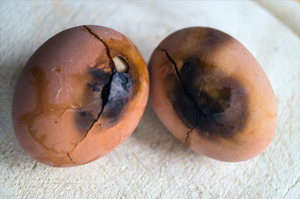 Resultado de imagem para ovos queimados