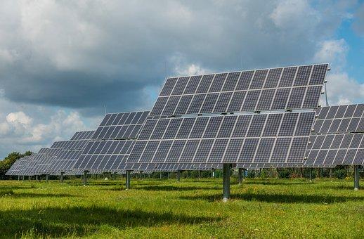 🌟大亞集團旗下志光能源與銀行團57億元聯合授信案8/31完成簽約,預估未來20年可創造30億度發電量,等同4,110座大安森林公園的吸碳量