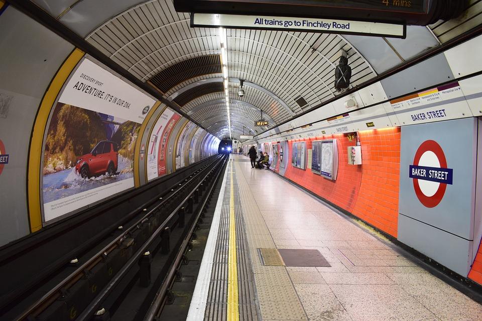 stazione metro londra