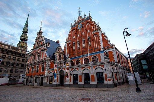 Riga, La Casa De Las Cabezas Negras