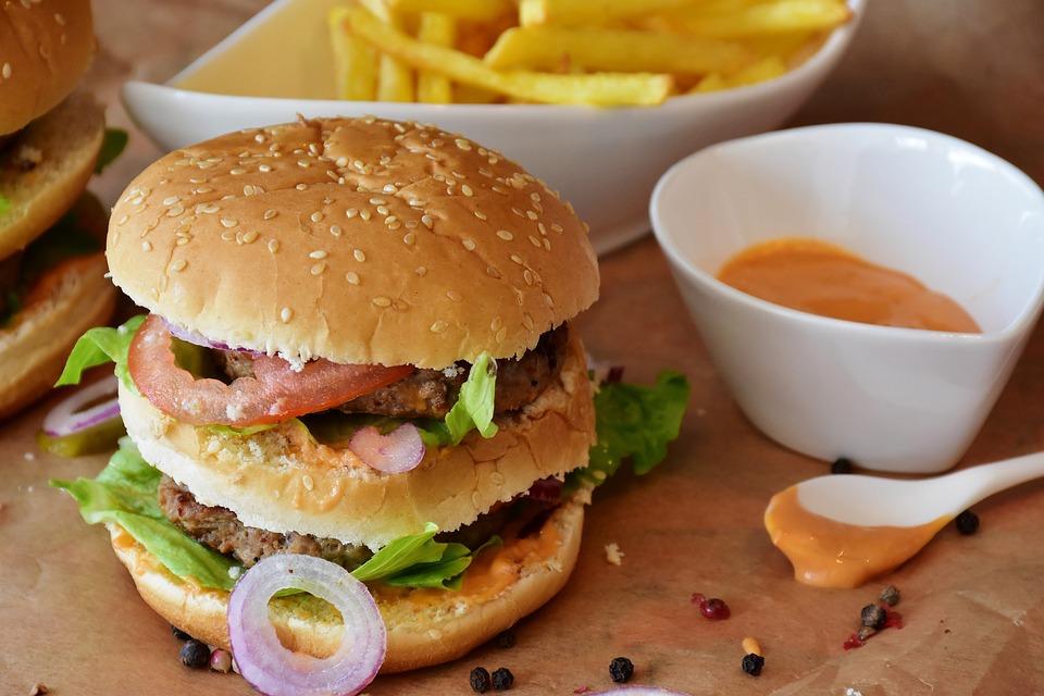 バーガー, ハンバーガー, ロール, バーベキュー, ミンチ肉, 厚, 高速します, 脂肪, 火, 炎, 食品