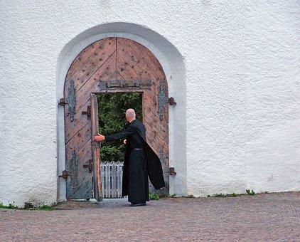 Pai, Convento, Porta, Hospitalidade