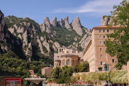 Vista panoramica del Monasterio de Montserrat