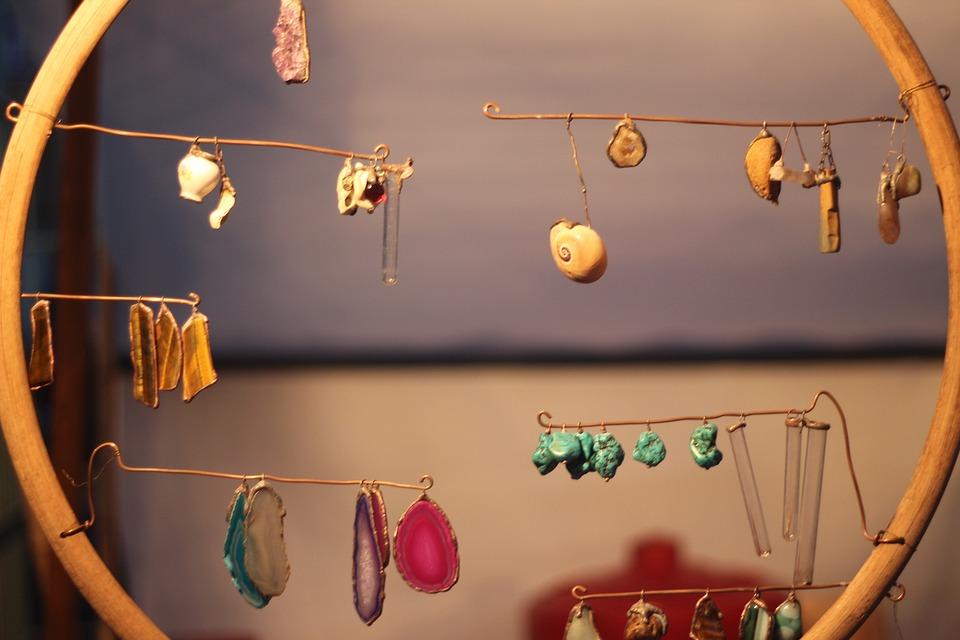 decorations-2770609_960_720.jpg