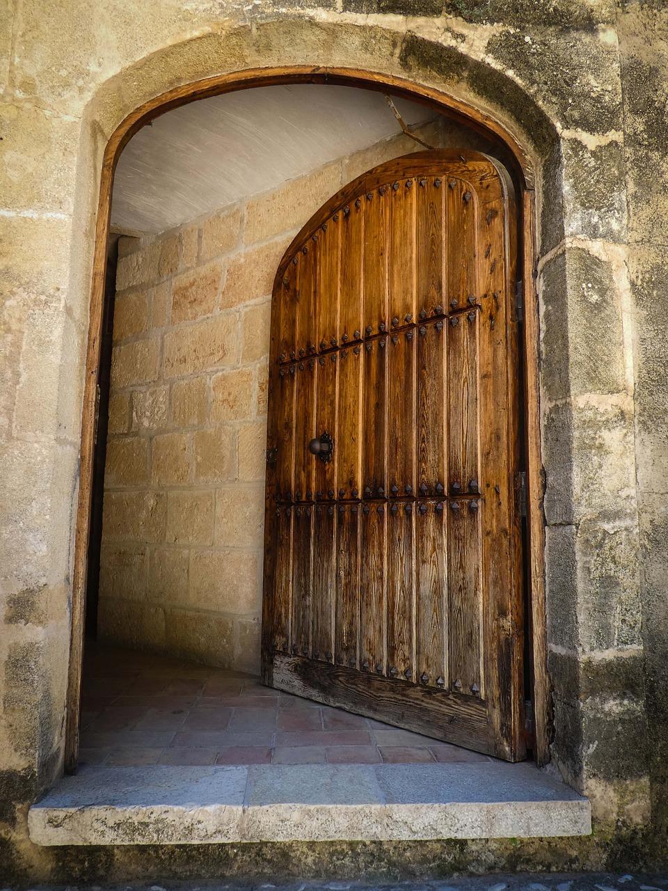 Картинки открывающиеся двери