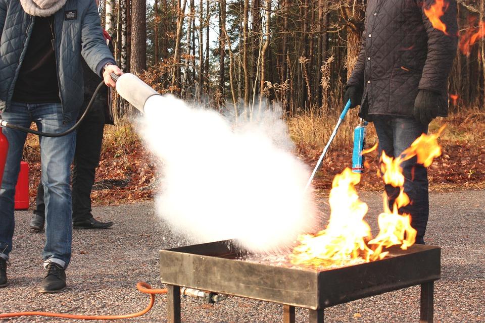 火災, 温仕事, 防火-消火器