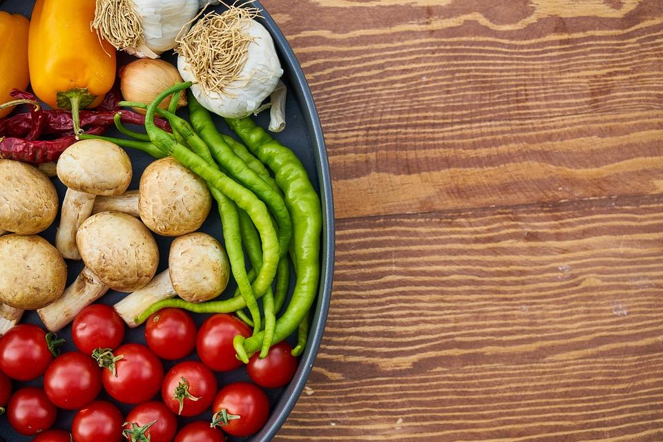 トマト, キノコ, コショウ, 赤, グリーン, ホワイト, 野菜, ベジタリアン, ヴィーガン, ニンニク
