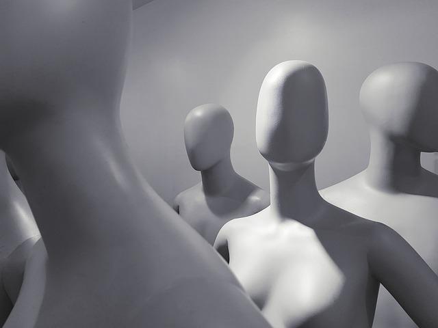 mannequin-2777963_640.jpg