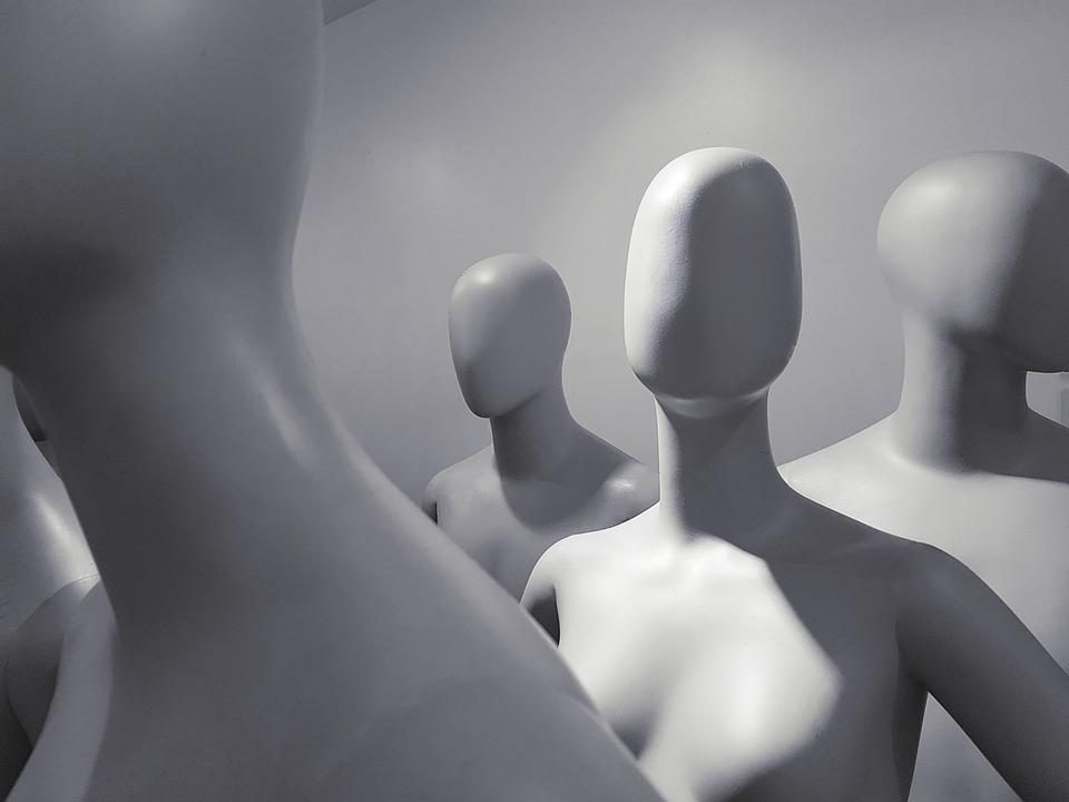 マネキン, 単独, 女性, 本体, 仮想, フロント, 一人で, 注意, 人, デビュー, 仮想空間, 無表情