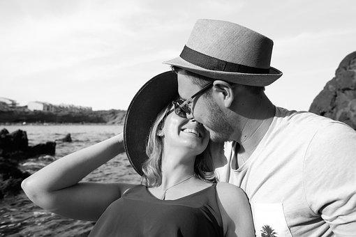 愛, カップル, ロマンチックな, 若いカップル, 恋愛中です, 帽子, キス