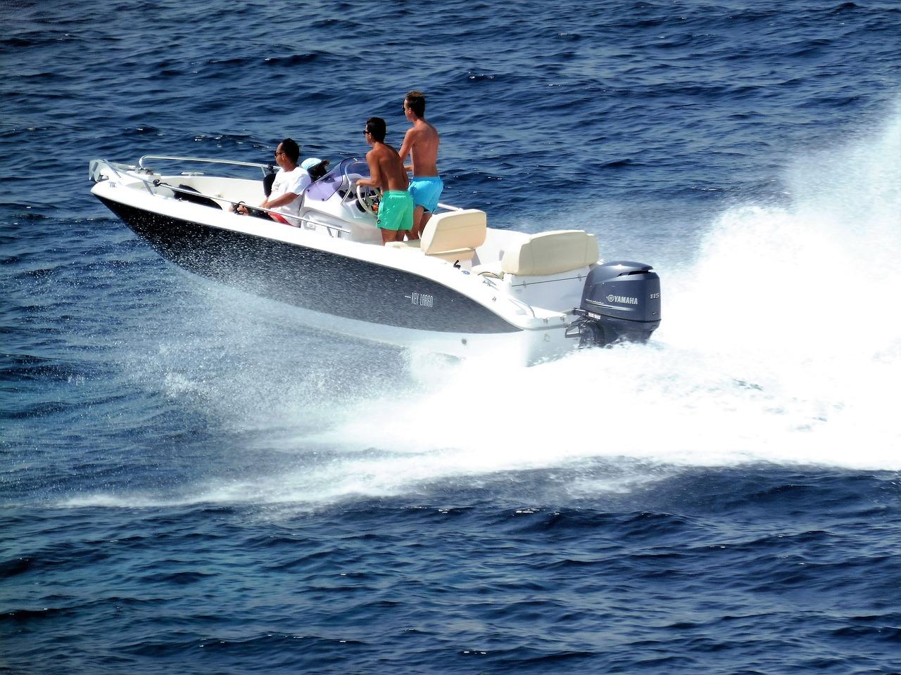 приложение моторные лодки с ценой в картинках заказывала