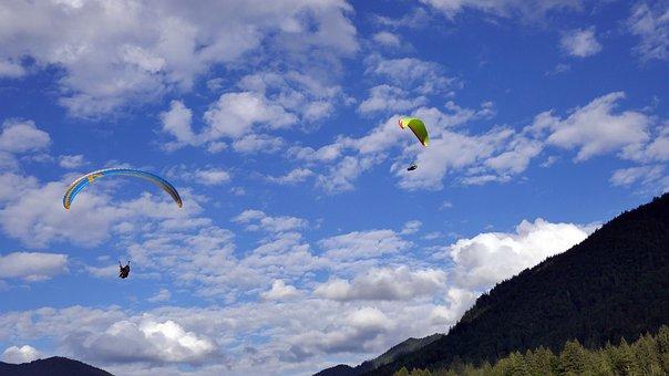 11 tolle Reiseziele in Oberbayern - Super-Thermik für Paraglider