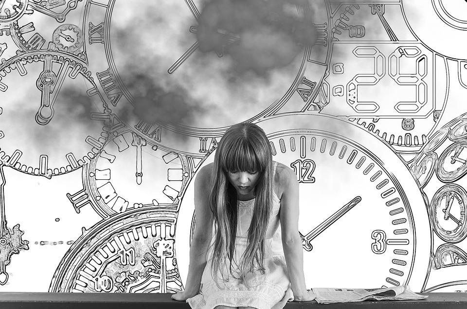 Gadis, Waktu, Tekanan Waktu, Khawatir