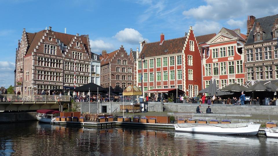 Gent, Fiandre, Belgio, Graslei, Quai Aux Herbes