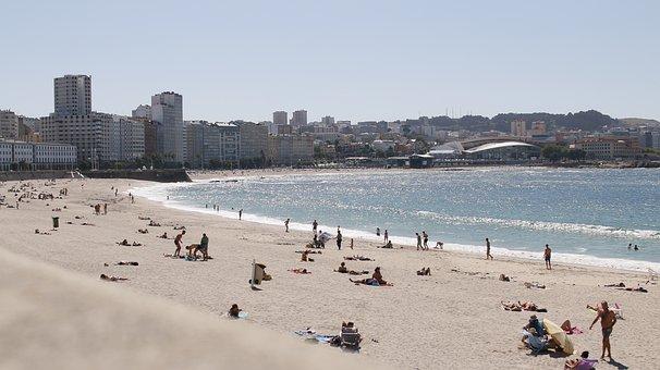 Qué ver qué hacer en Galicia, Vista de Playa en La Coruña