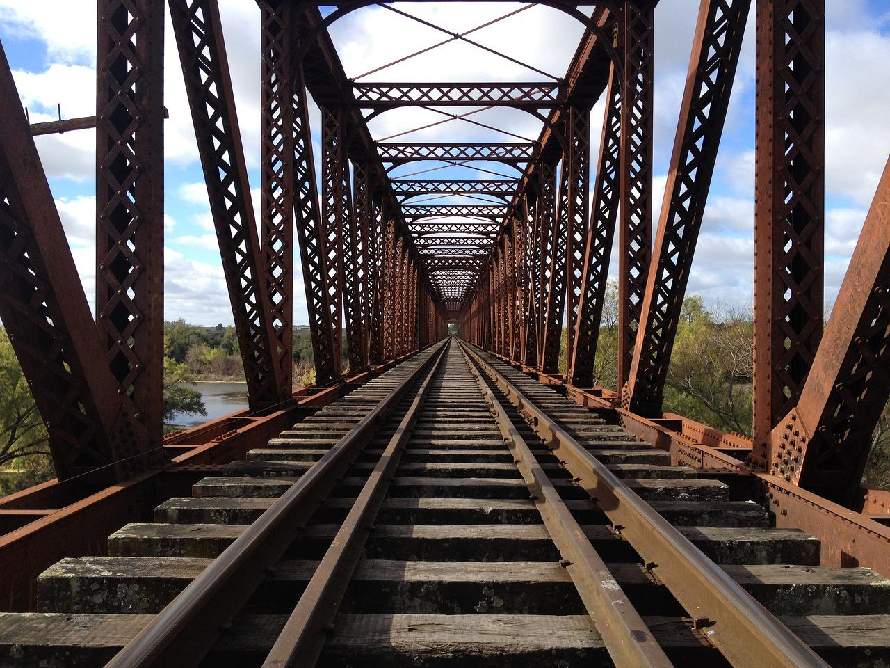железная дорога металл фото тренировки практически вошли