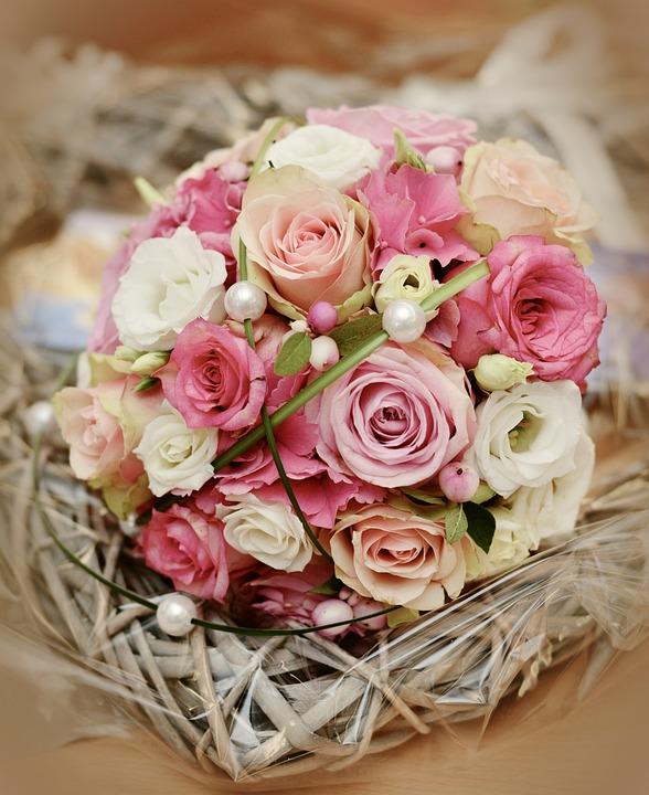 Wedding Flowers By Price: Brautstrauß Rosen Hochzeit · Kostenloses Foto Auf Pixabay