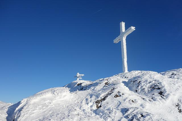 the cross of snow