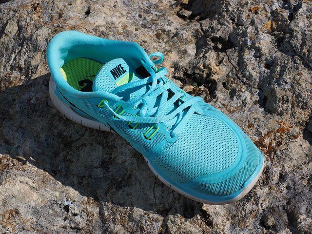 shoe-2799608__480.jpg