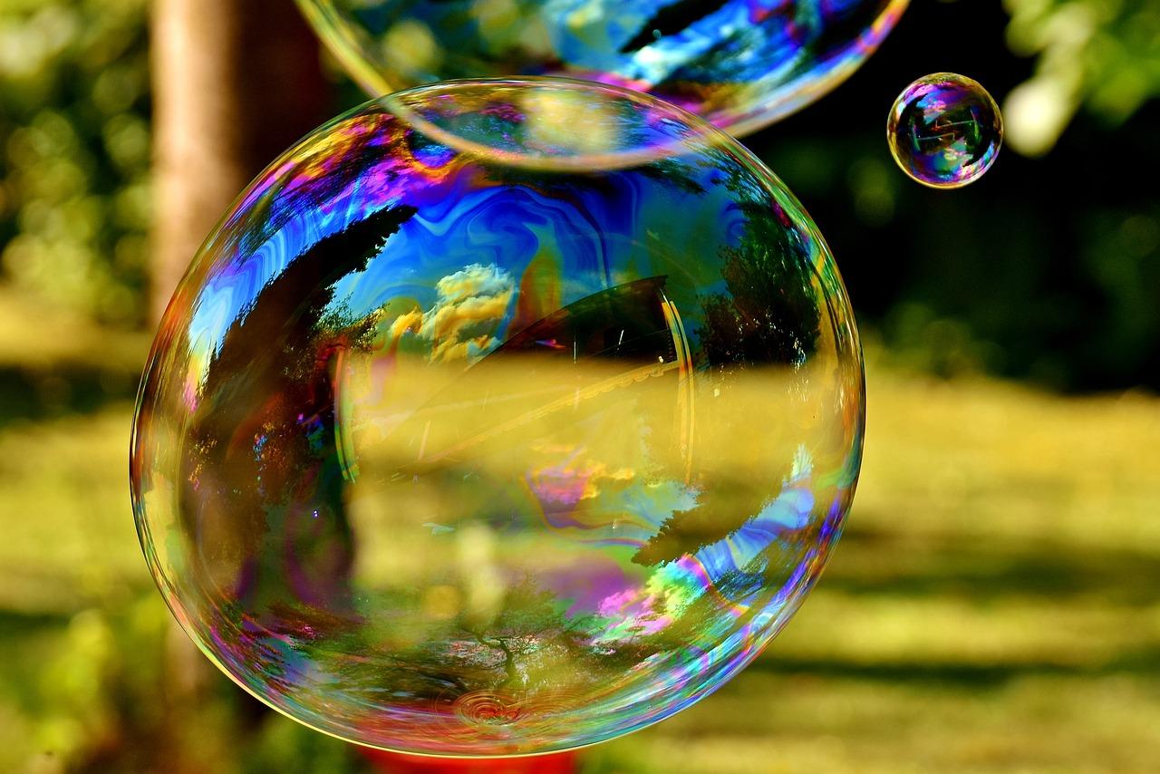 Мыльные пузыри открытка, водопад рабочий стол