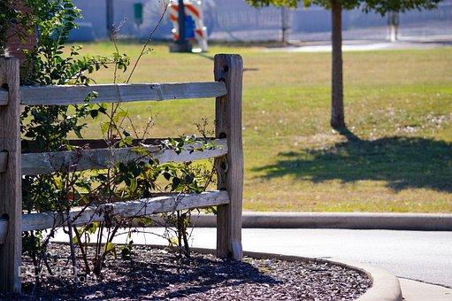 Fence, Post, Mulch, Bush, Grass, Decor