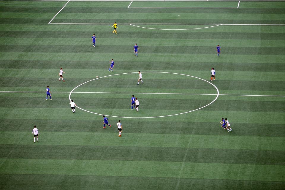 Fussball Fussball Feld Kunstlicher Kostenloses Foto Auf Pixabay