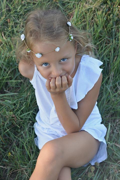little girl summer free photo on pixabay