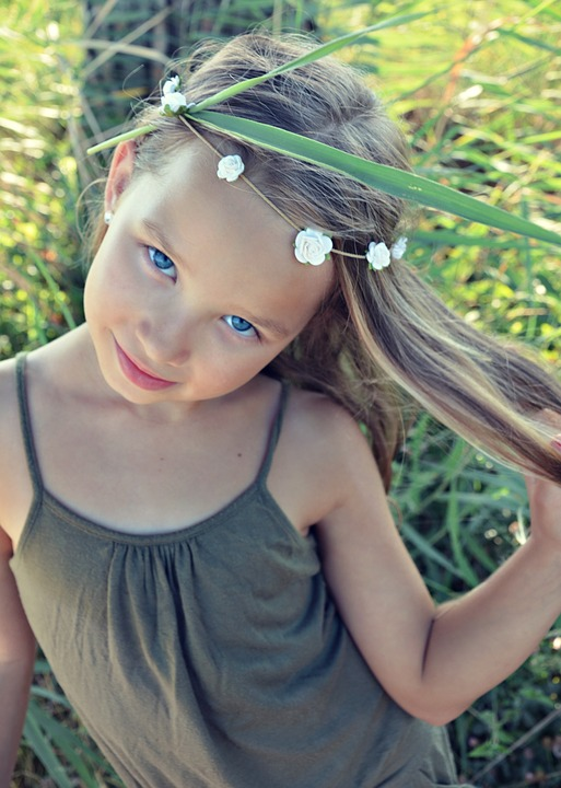 little girl vara fotografie gratuită pe pixabay