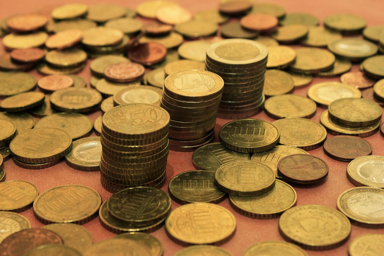 картинки с денежными купюрами и монетами сведения лишь