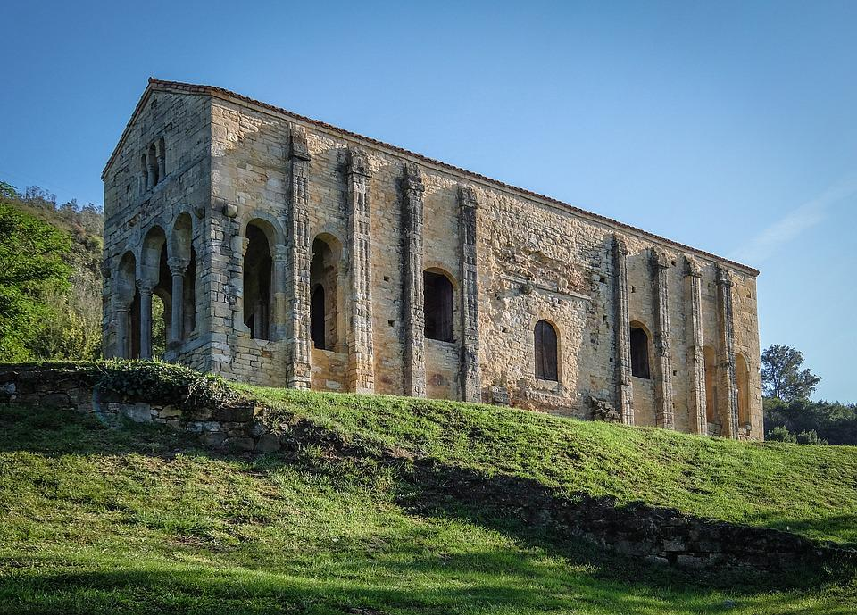 Monumentos Patrimonio de la Humanidad en España, Monumentos De Oviedo Y Del Reino De Asturias
