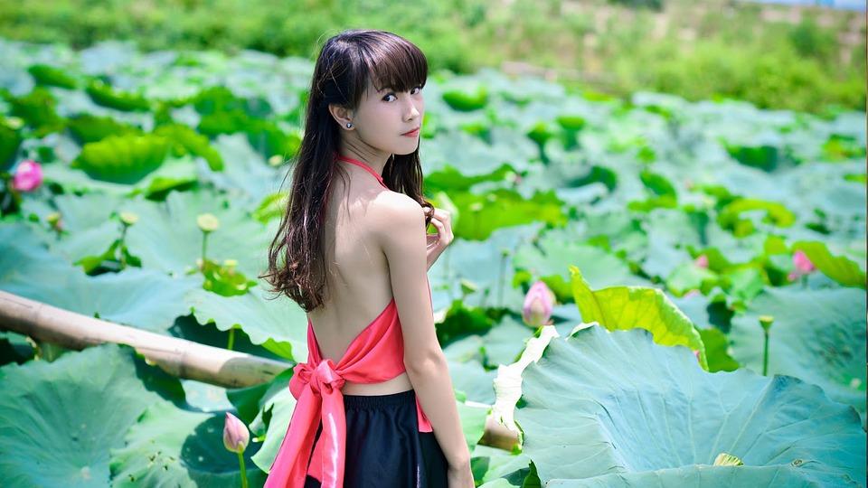成人电影偷拍拍拍中国图片
