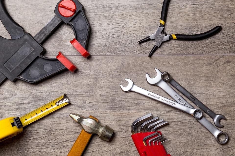 tool 2820950 960 720 - 【初心者も安心】ソファ修理におけるウェービングベルトの交換を紹介