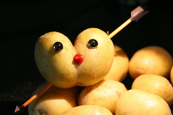 рисунки из картофеля она уже