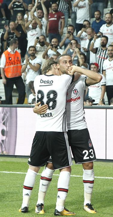 Cenk Tosun, Beşiktaş, Goal Of Happiness, Super League