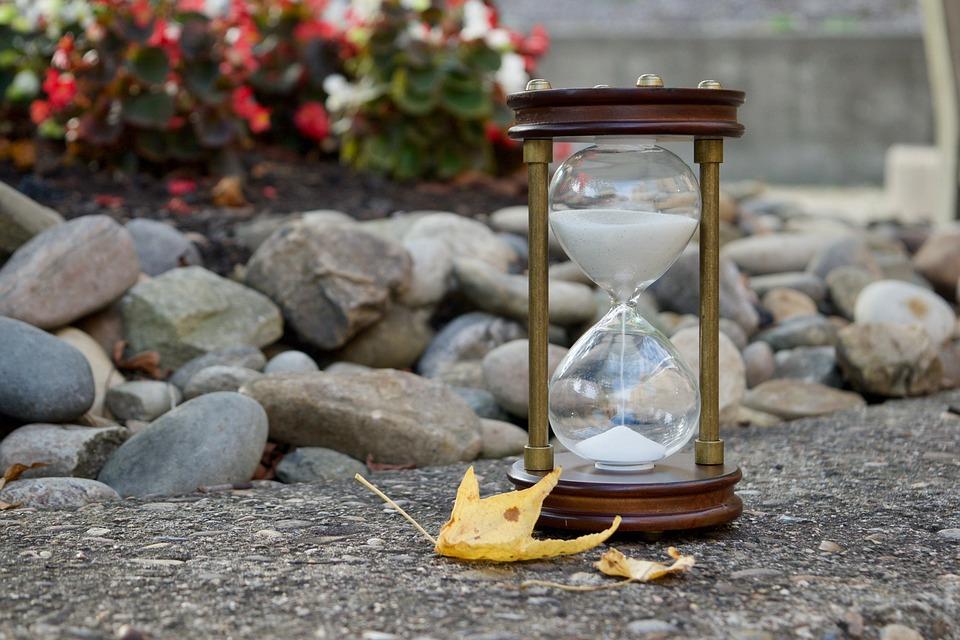 Sablier, Sable, Temps, Feuilles, Automne, Heure