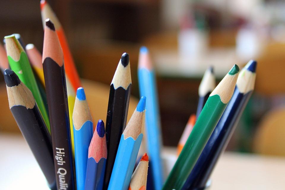 Buntstifte Kinder Färbung · Kostenloses Foto auf Pixabay