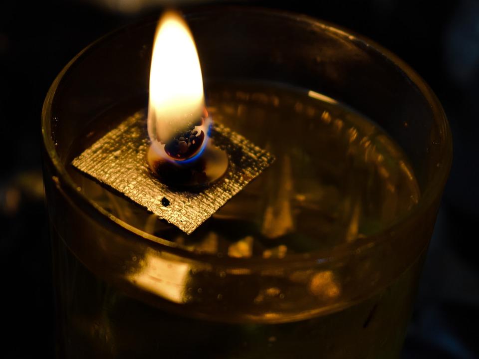 Kaarsen Op Olie.Vlam Olie Kaars Wick Gratis Foto Op Pixabay